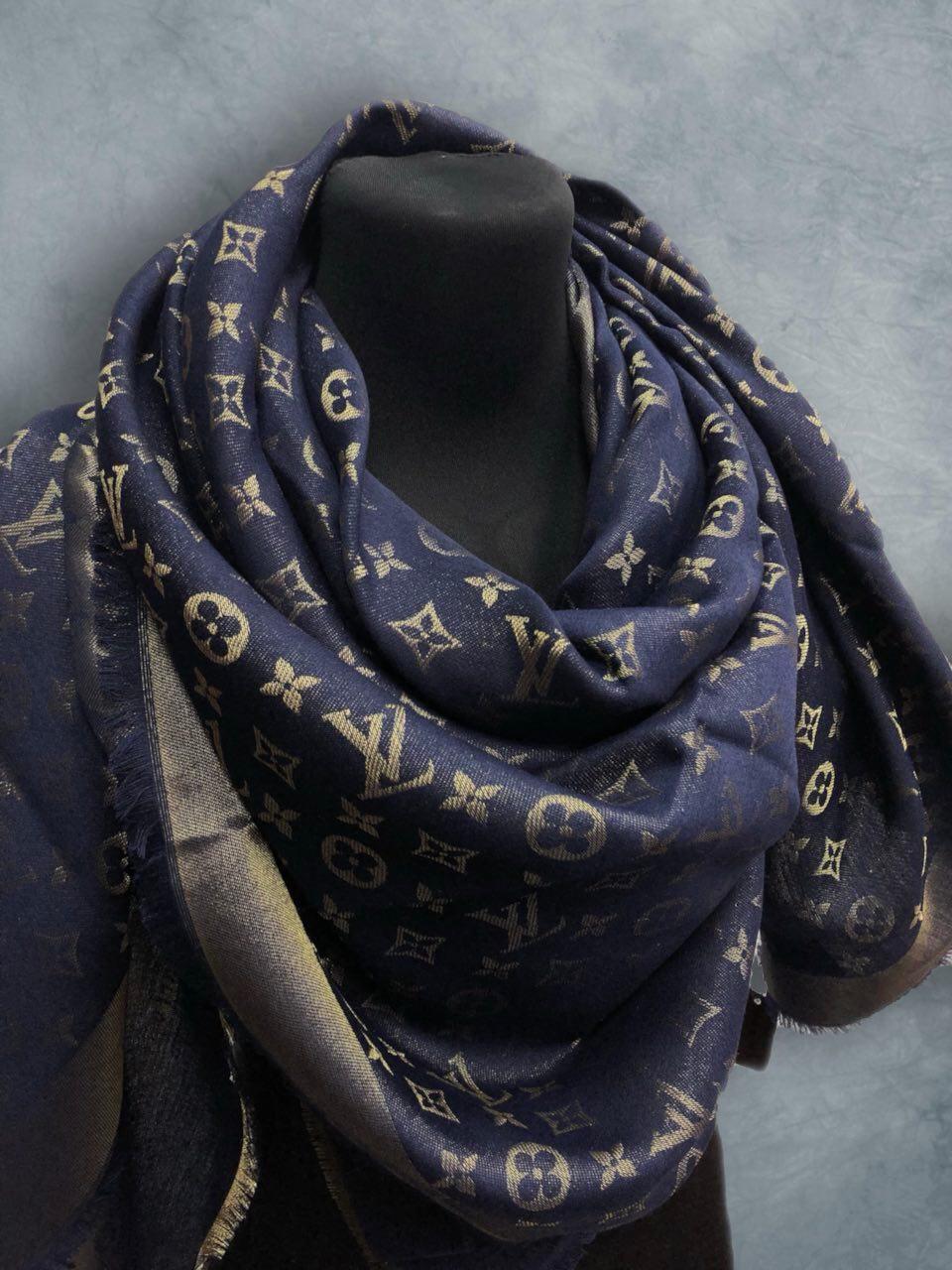 Louis Vuitton Темно-синий